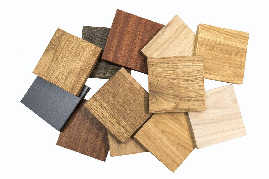 verschillende houtkleuren