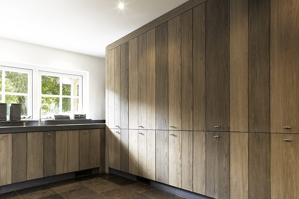 sebo interior design with cabinet wall