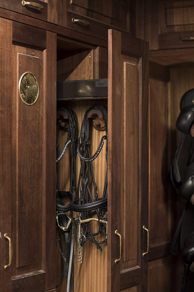 wooden pull-out wardrobe for bridle and girth